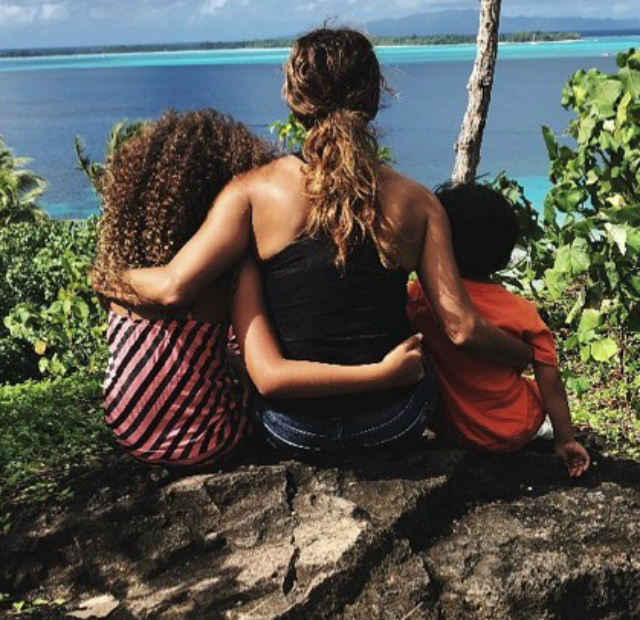Halle Berry with kids bora bora