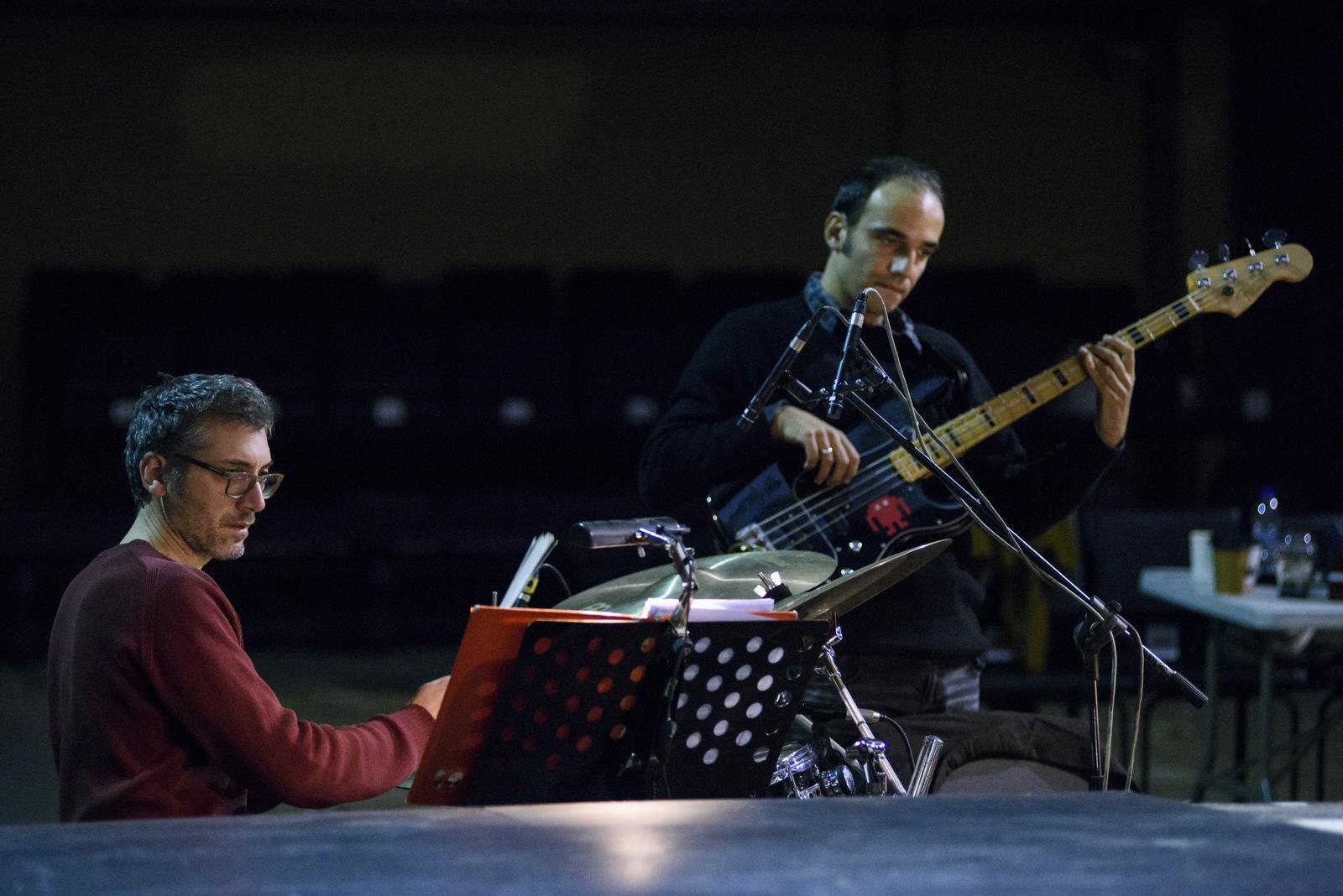 ChrisCarol musicians