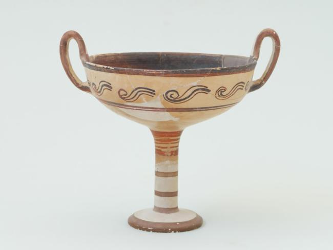 Πήλινη κύλικα, δημοφιλές συμποσιακό σκεύος για την κατανάλωση κρασιού,Κνωσός, περ. 1300 – 1200 π.Χ.