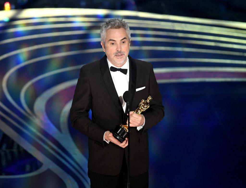 Ο Άλφόνσο Κουαρόν παραλαμβάνει το Οscar σκηνοθεσίας για το Roma