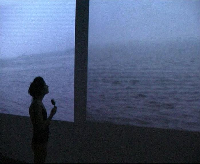 Μαρία Θεοδωράκη, «at sea», 2007, βίντεο, 7', χωρίς ήχο (βιντεοστιγμιότυπο).
