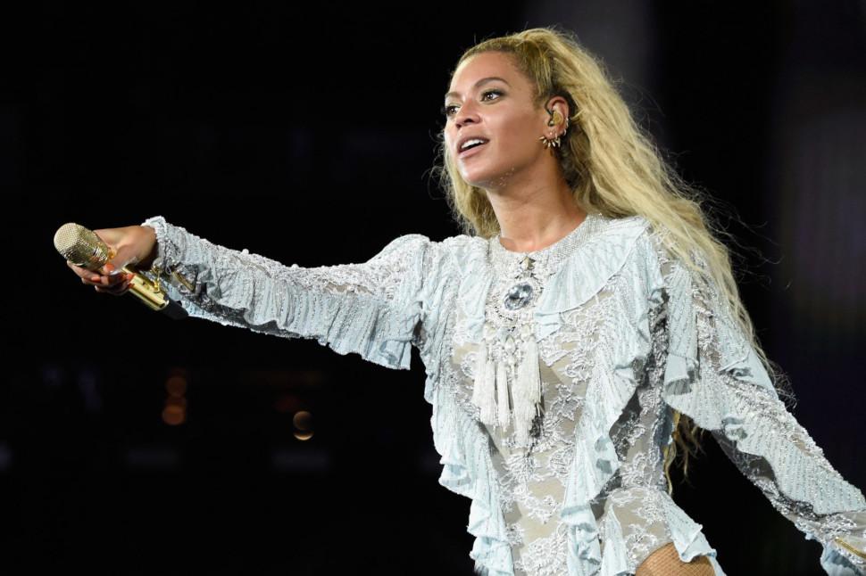 Ακούμε Beyonce, Lizzo και Fleetwood Mac για να πλύνουμε τα χέρια μας