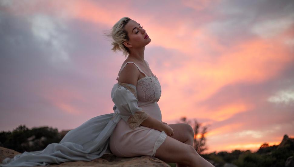 Η Katy Perry στο βίντεο κλιπ του νέου τραγουδιού της