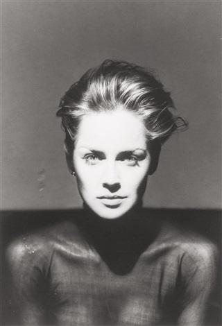 Συγκλονιστικό πορτρέτο της Σάρον Στόουν