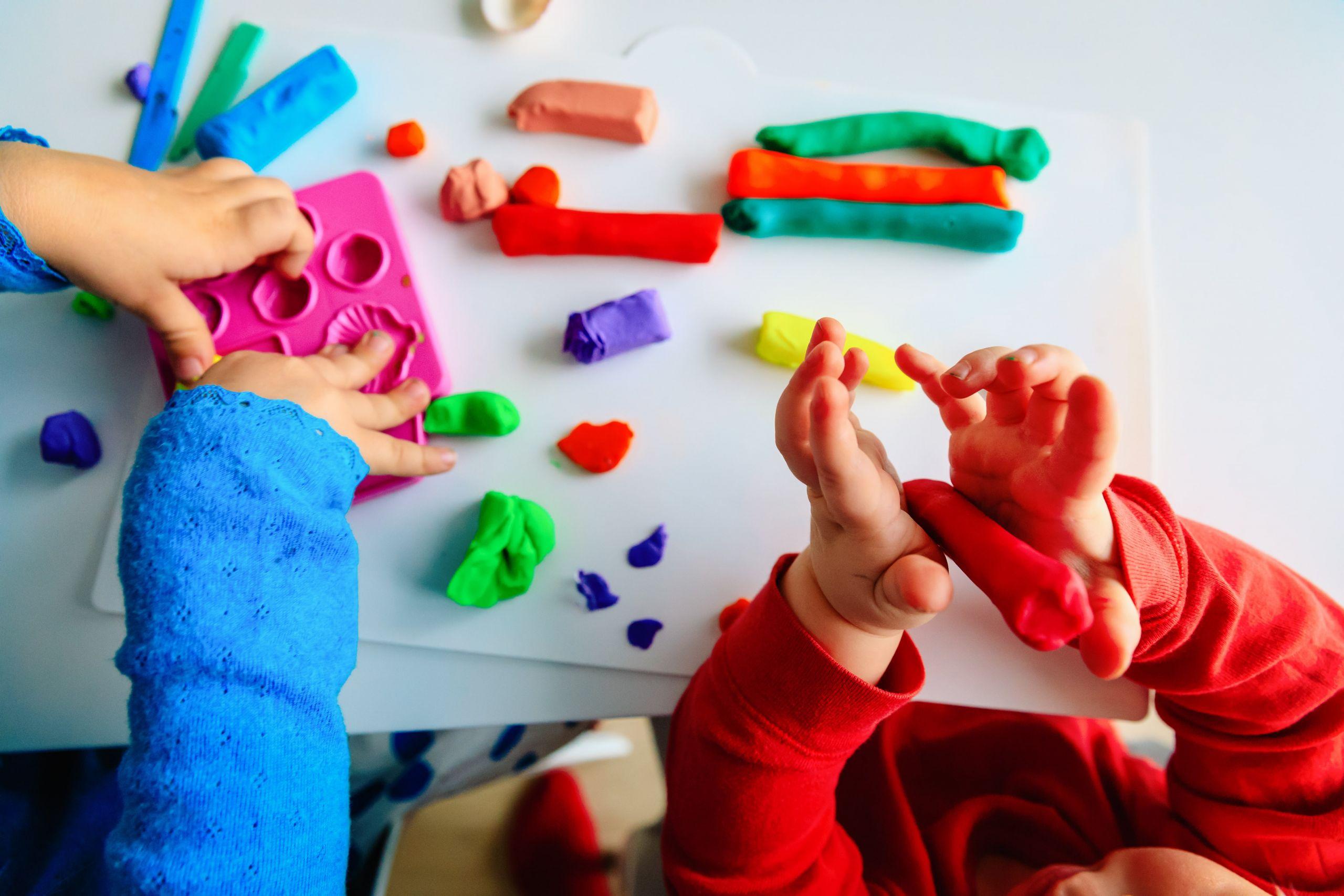 Ίδρυμα Θεοχαράκη: Εξερευνώντας τις αισθήσεις – Για βρέφη 12-24 μηνών