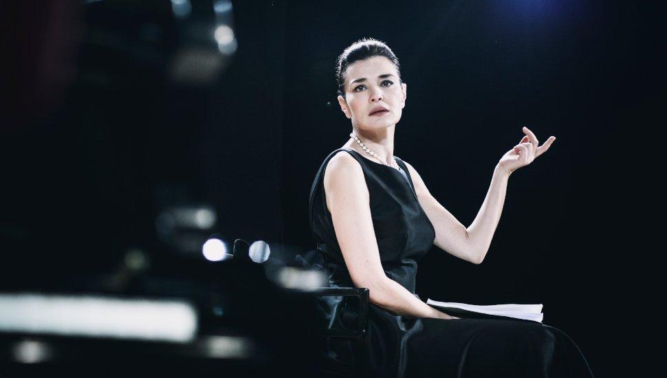 Μαρία Ναυπλιώτου ως Μαρία Κάλλας στο Masterclass