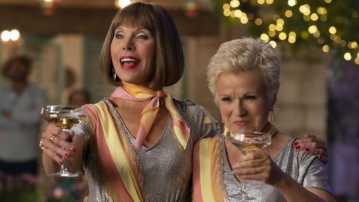 """Η Τζούλι Γουόλτερς στο """"Mama Mia!"""""""