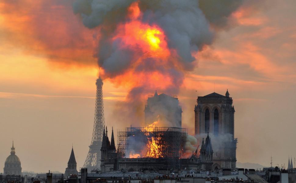 Saving Notre Dame: Ένα ντοκιμαντέρ για την αποκατάσταση της Παναγίας των Παρισίων