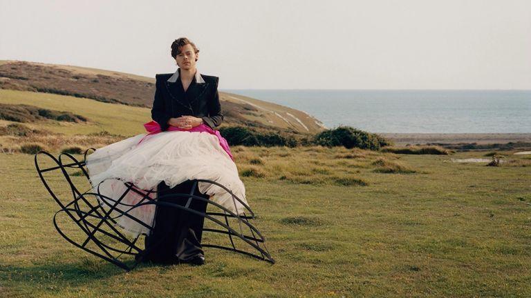 Χάρι Στάιλς, Φωτογραφία: Τάιλερ Μίτσελ. Πηγή: Vogue