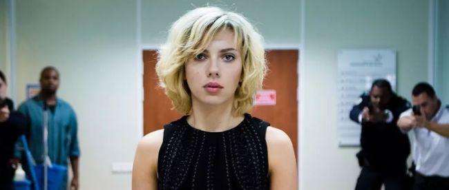 Lucy (2014) - Λικ Μπεσόν