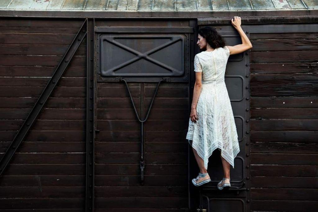 10ο Φεστιβάλ Νέων Καλλιτεχνών «Τα 12 Κουπέ» στην Αμαξοστοιχία - Θέατρο το Τρένο στο Ρουφ