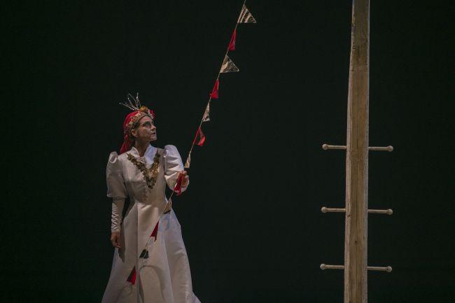 Το τραγούδι της κυρα-Δομνίτσας από την Εναλλακτική Σκηνή της Εθνικής Λυρικής Σκηνής