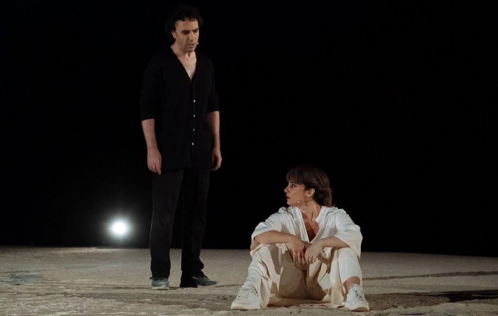 Φαίδρα, σε σκηνοθεσία Μάνου Καρατζογιάννη στο Θέατρο Βράχων