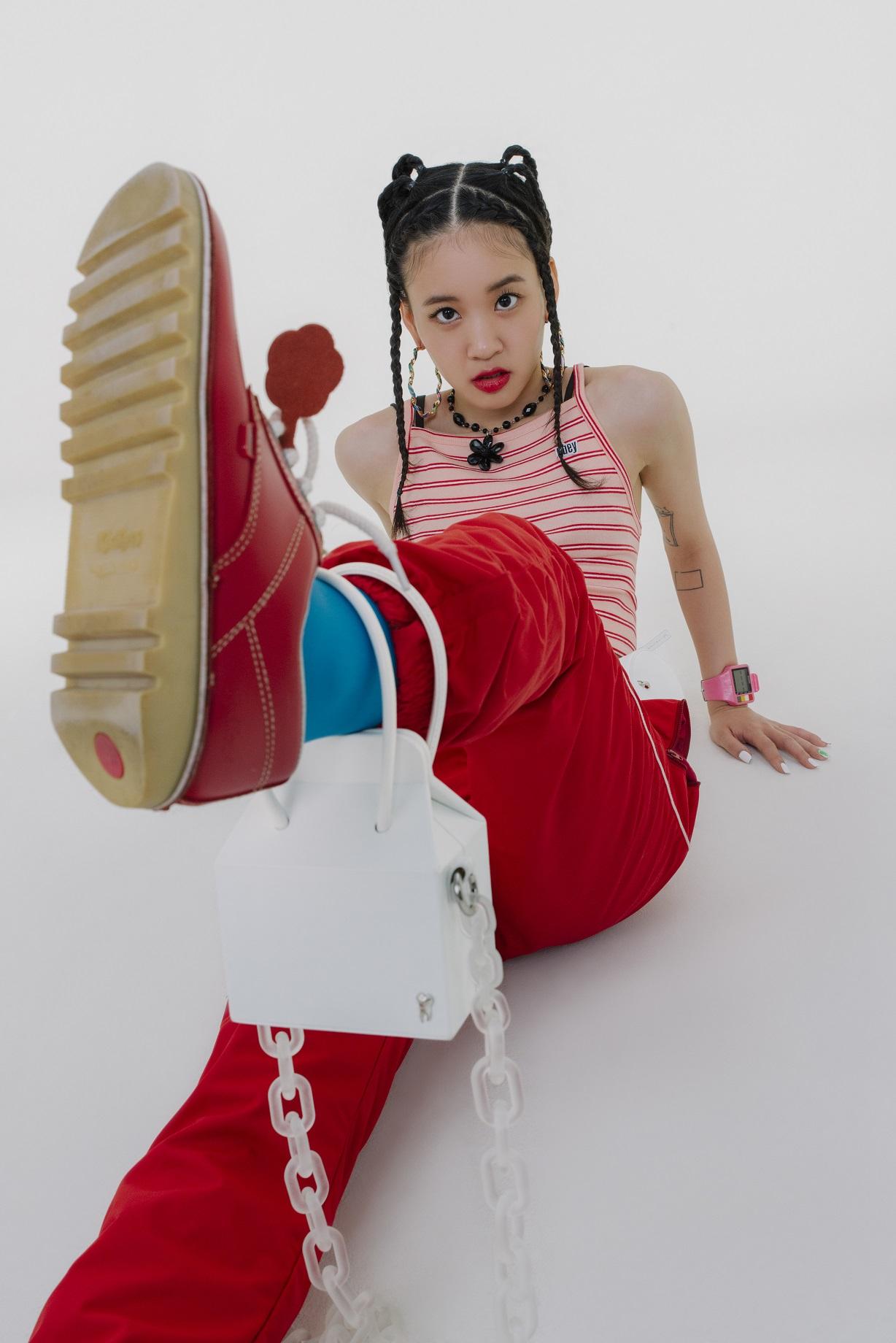 Οι συλλεκτικές τσάντες της Belysa σε συνεργασία με τη Lil Cherry έφτασαν αποκλειστικά στο MyHallyu.com