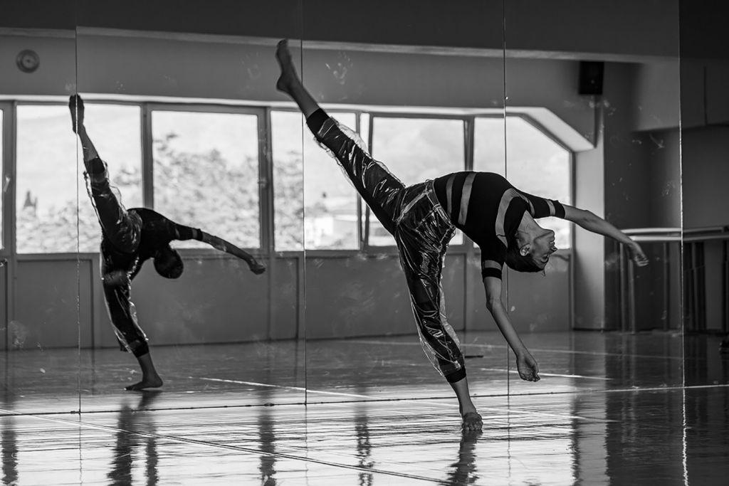 Φεστιβάλ Αθηνών και Επιδαύρου - Χορός: «Groove» της Εύας Γεωργιτσοπούλου στην Πειραιώς 260   @Petros_Poulopoulos Monopoli Team