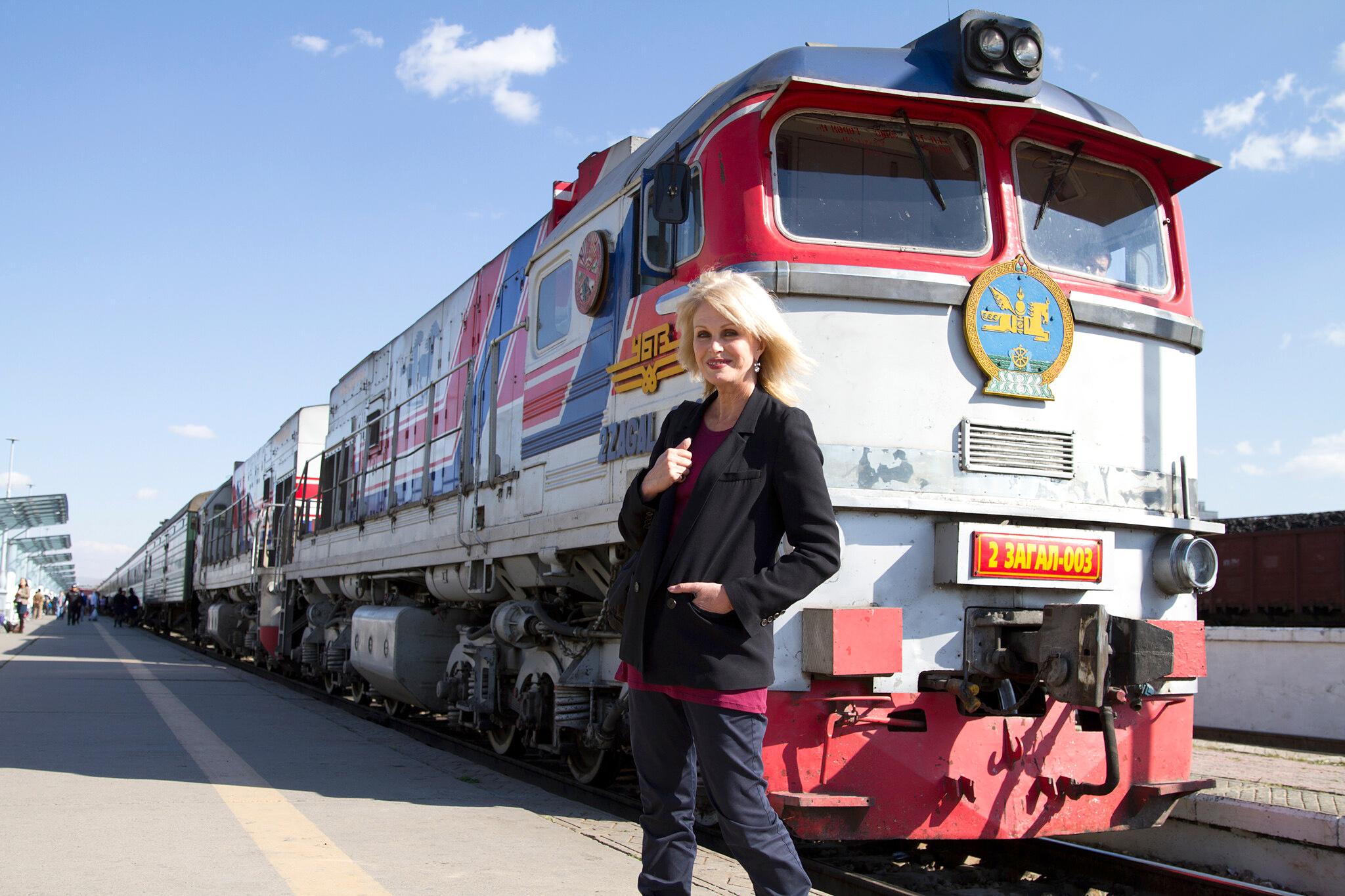 Υπερσιβηρική περιπέτεια με την Τζοάνα Λάμλεϊ   (Joanna Lumley's Trans-Siberian Adventure)