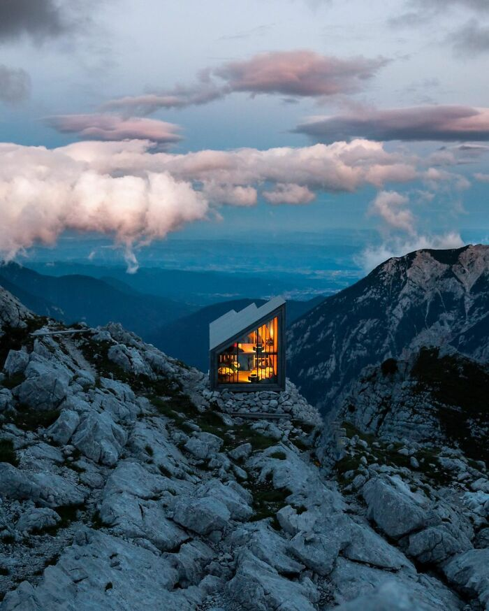Το καταφύγιο Bivak pod Skuto, Σλοβενία.