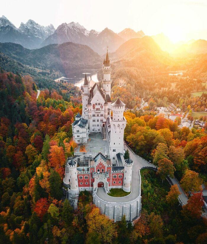 Κάστρο Νοϊσβανστάιν στην Νοτιοδυτική Βαυαρία, Γερμανία.