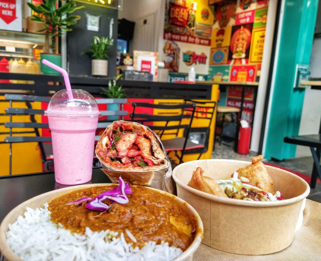 Ινδικό φαγητό στο Curry Express, φωτογραφία: monopoli.gr