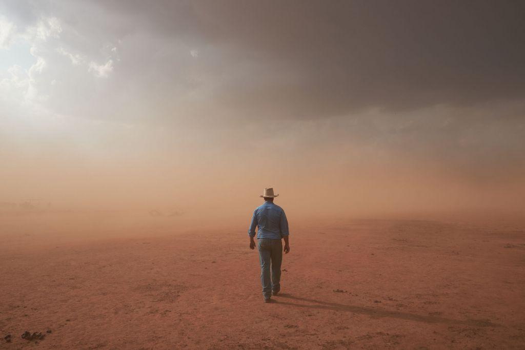 Η νικητήρια φωτογραφία του φετινού Εθνικού Διαγωνισμού Φωτογραφίας Πορτραίτου, «Drought Story» του Joel B. Pratley