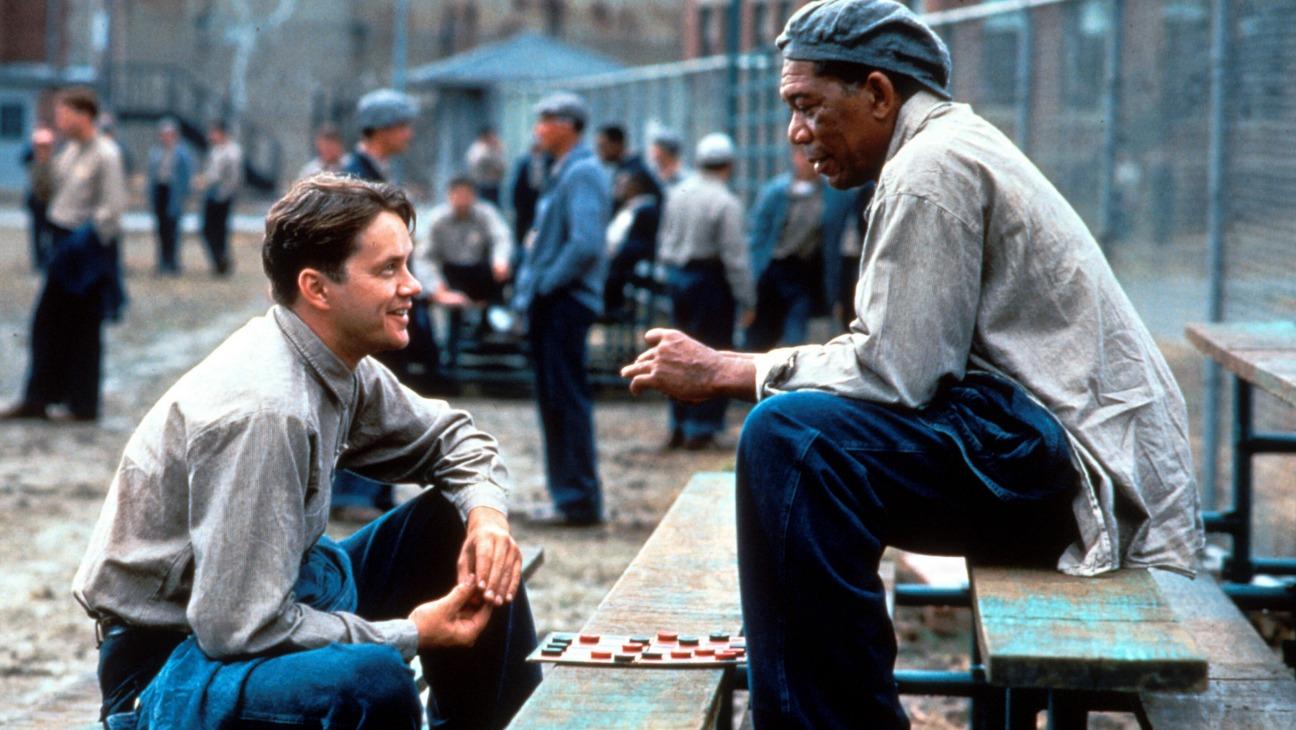 Διεθνής Ημέρα Φιλίας: Πέντε ταινίες που εξυμνούν τη δύναμη της φιλίας the shawshank redemption   h   1994