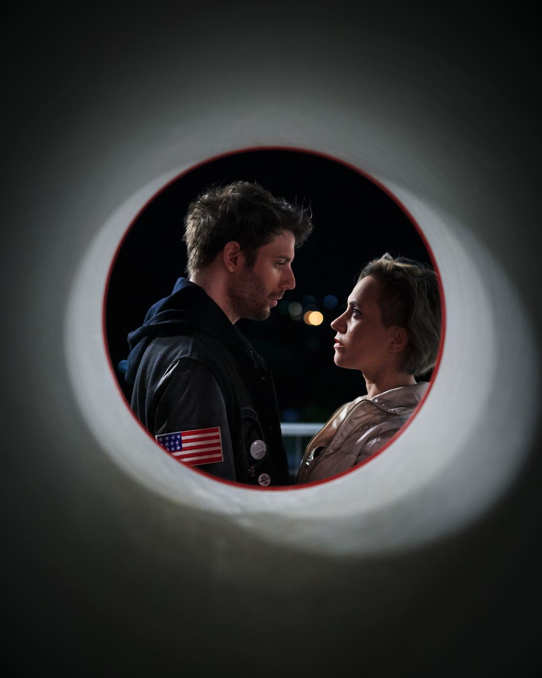 Η Σαμάνθα και ο Μαξ στο Βυθό της Ασφάλτου στον Πολυχώρο Vault