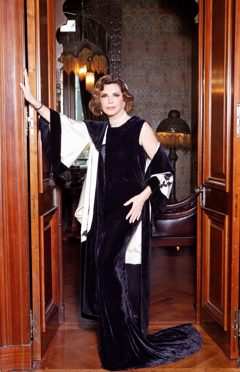 «Κι από Σμύρνη... Σαλονίκη» της Μιμής Ντενίση στο «Θέατρον»
