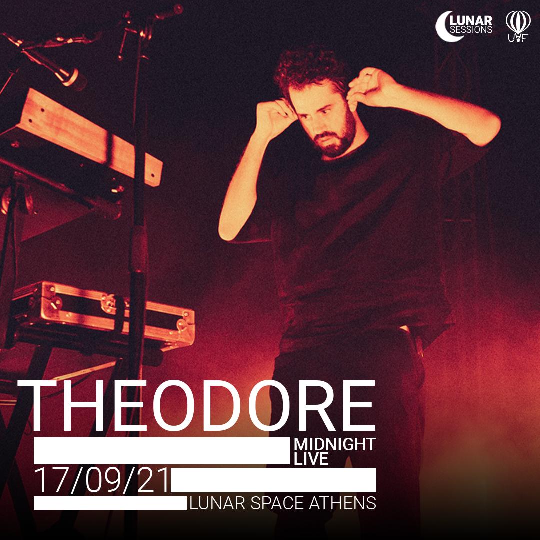Theodore midnight live στο Lunar Space