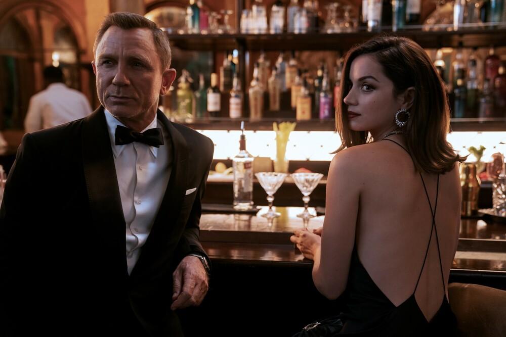 Ντάνιελ Κρεγκ και Άνα Ντε Άρμας. Photo Credits: Twitter/007 Bond