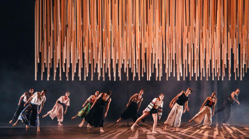 «Ελληνικοί χοροί» | Φωτογραφία: Valeria Isaeva