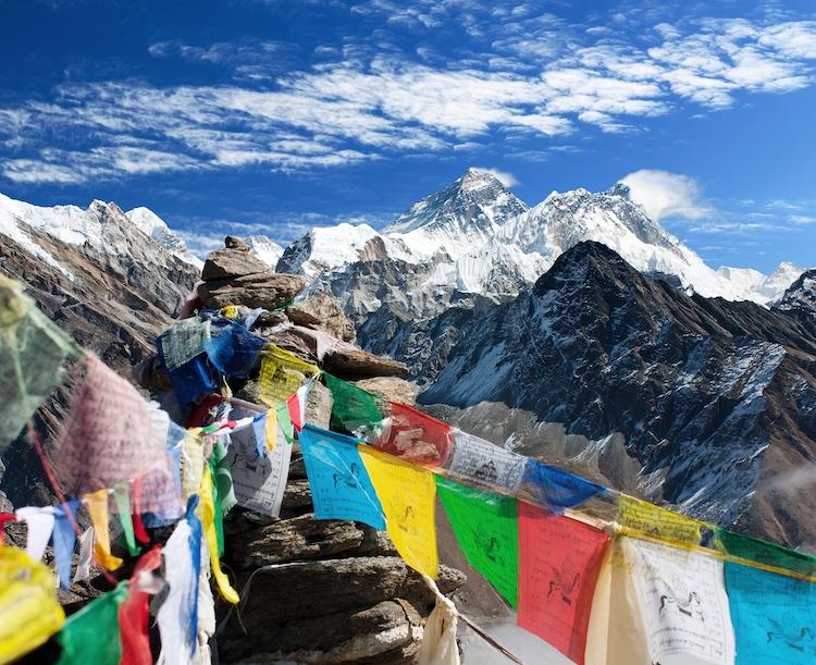 Θιβετιανή σημαία προσευχής. Photo Credits: Daniel Prudek on DepositPhotos