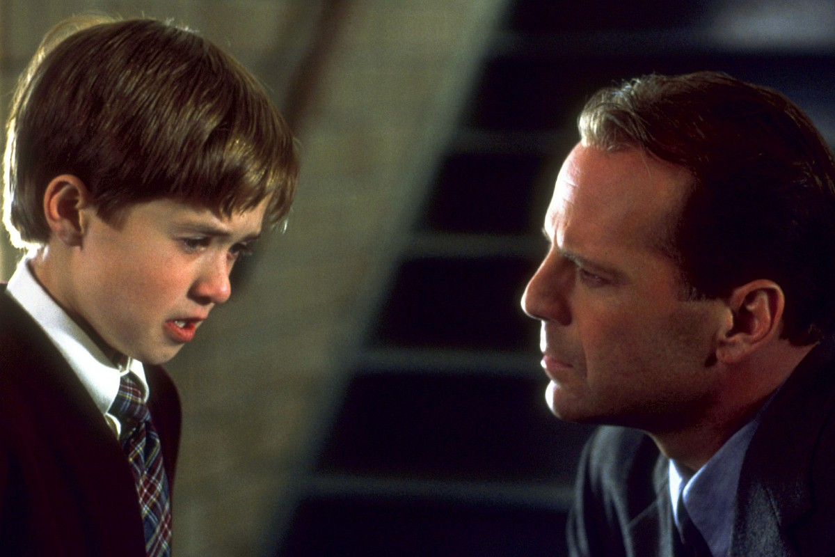 Η Έκτη Αίσθηση (The Sixth Sense)